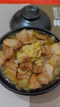 东北五花肉炖酸菜