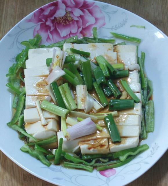 好吃的小葱拌豆腐