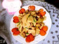 家常菜杏鲍菇炒肉