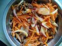 家常菜胡萝卜炒牛肉