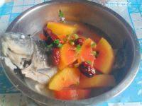 美味的红枣鲫鱼木瓜汤