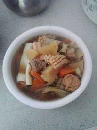 自制排骨萝卜汤