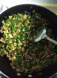 家常的韭菜炒香干