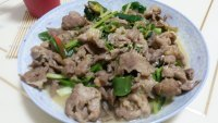 家常菜青椒炒肉片