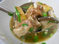 家常菜香菇炖鸡