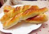 自己做的椰蓉面包条