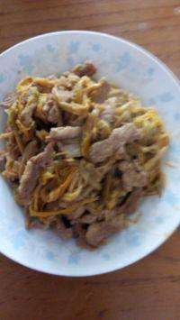 自制黄花菜炒肉