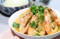 美味的萝卜丝炖虾