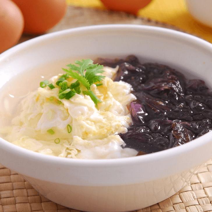营养晚餐紫菜蛋汤