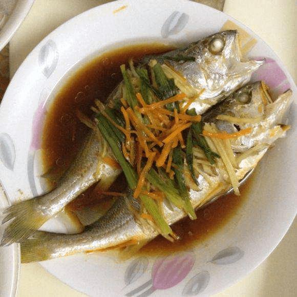 美味的清蒸小黄鱼