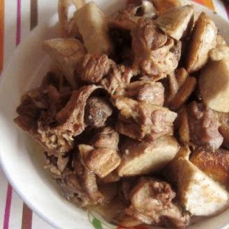 家常菜香芋焖鸭