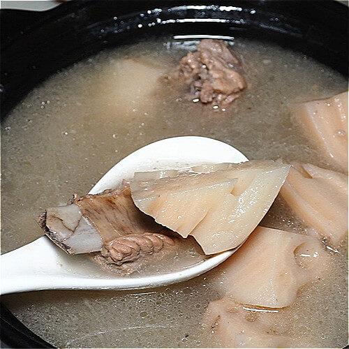 香浓的排骨藕汤