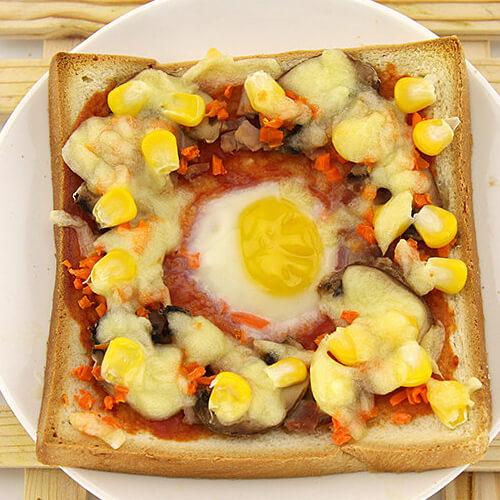 煎蛋吐司披萨