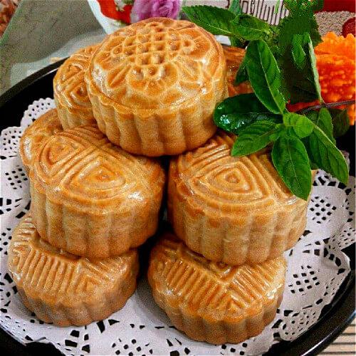 豆沙果仁月饼