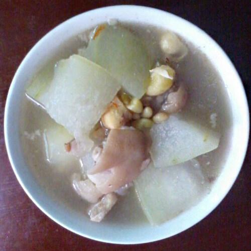 炖菜冬瓜猪蹄筋鸡汤