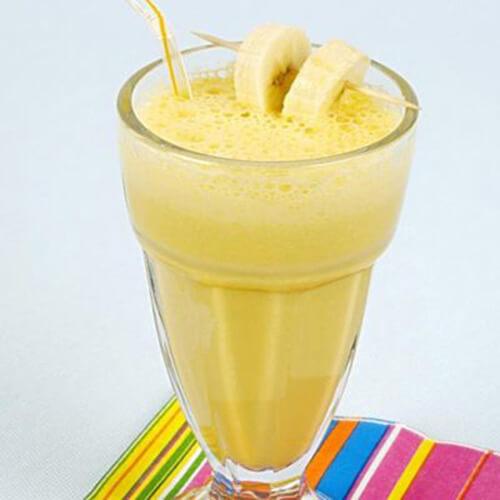 鲜榨牛奶香蕉汁