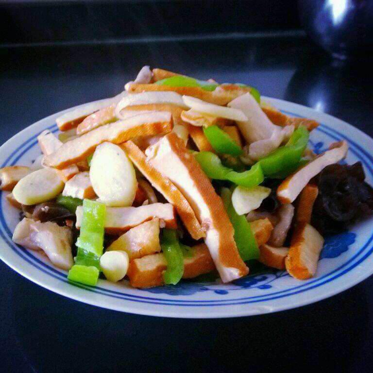 西芹香干炒黄牛肉