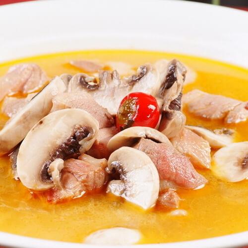 胡萝卜番茄土豆肉汤