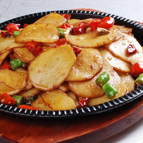 红肠蒸土豆片