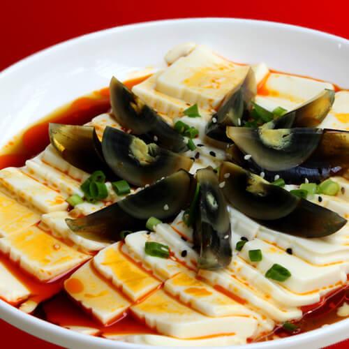 健康美食之松花蛋拌豆腐