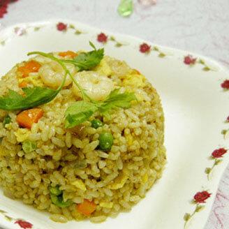 咖喱虾仁焖米饭