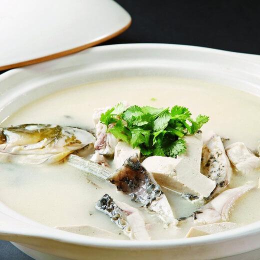 鲜美的嘎丫鱼炖豆腐