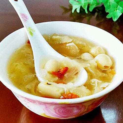 营养百合银耳莲子汤