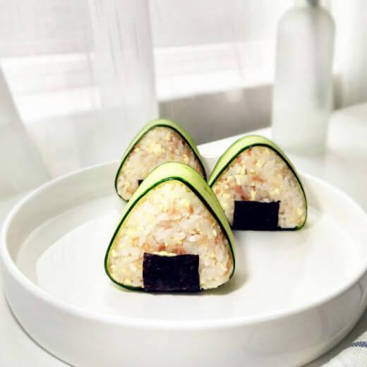 金枪鱼豆腐饭团