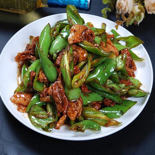 #DIY美食#青椒炒肉