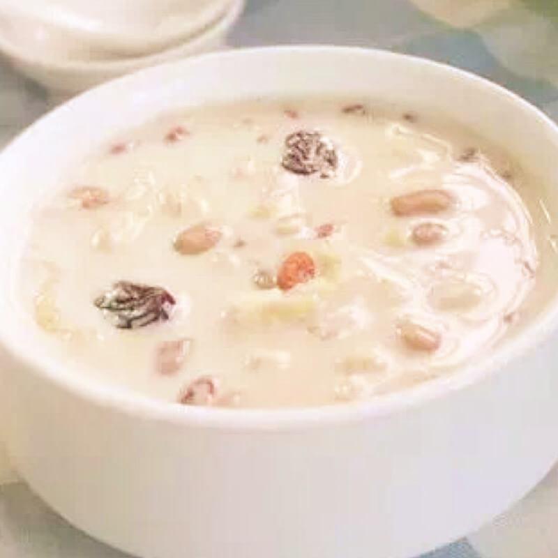 红枣牛奶燕麦粥
