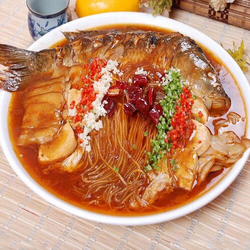 鲜美的得莫利炖鱼