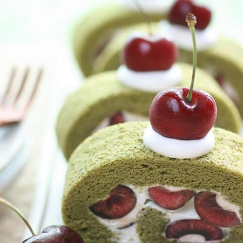 樱桃抹茶慕斯蛋糕