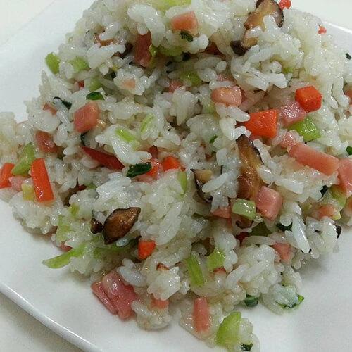 香菇火腿炒饭