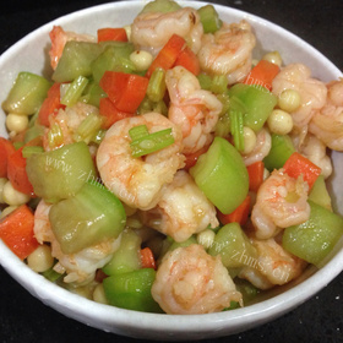 虾仁莴笋煮豆腐