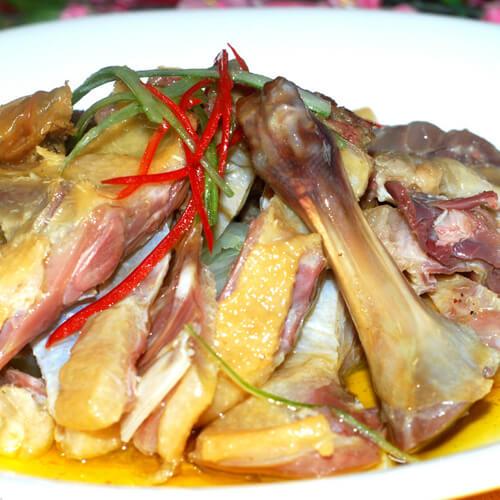 梅干菜蒸鸭腿