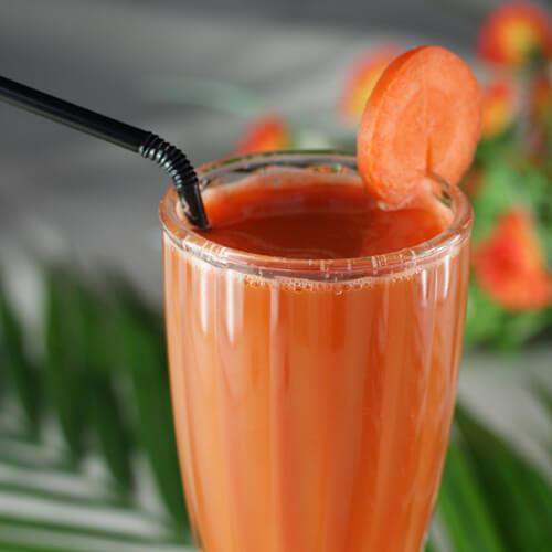 简单的胡萝卜苹果汁