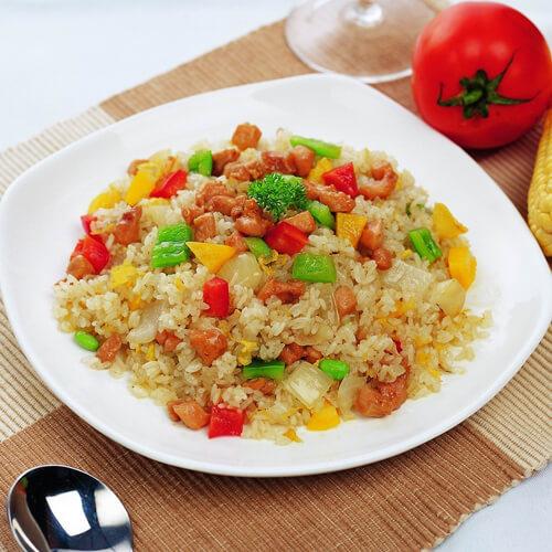 西红柿菠菜炒饭
