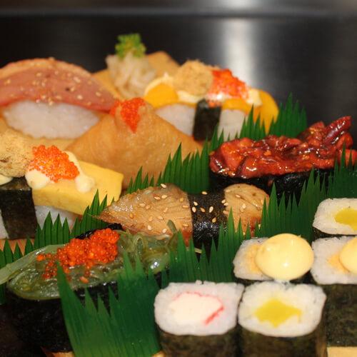 美味的家庭式寿司