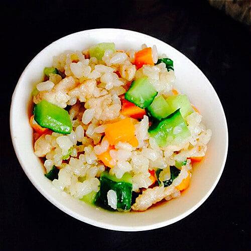 鸡丁炒米饭
