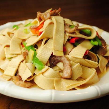 家常菜豆皮干炒肉