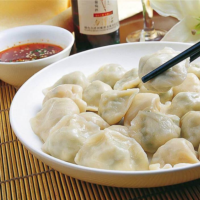 酸笋辣条饺子