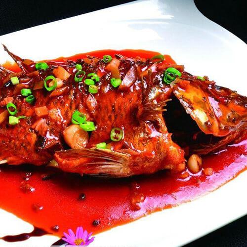 美味的红烧苍条鱼