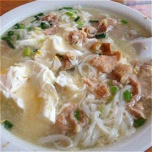 姜煎鸡蛋滚土猪肉汤