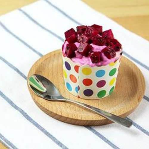 美味的火龙果酸奶千层蛋糕