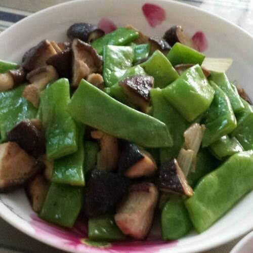 肉炒香菇豆角