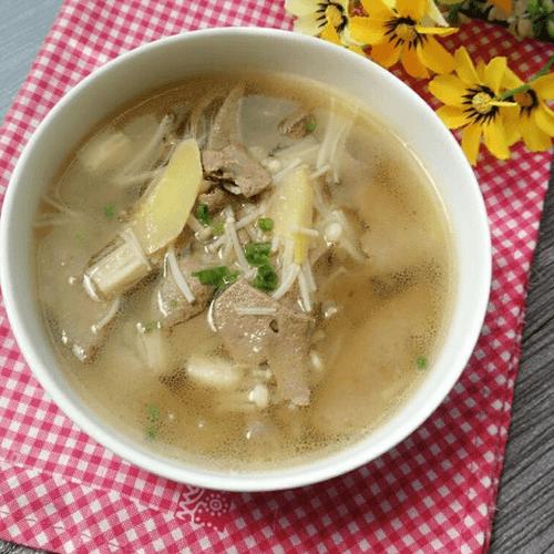 金针猪肝汤