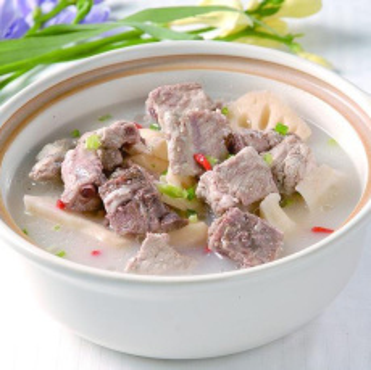 鲜美乌鱼排骨汤