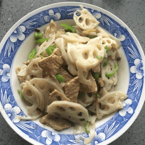 香辣肉丝炒青椒藕片