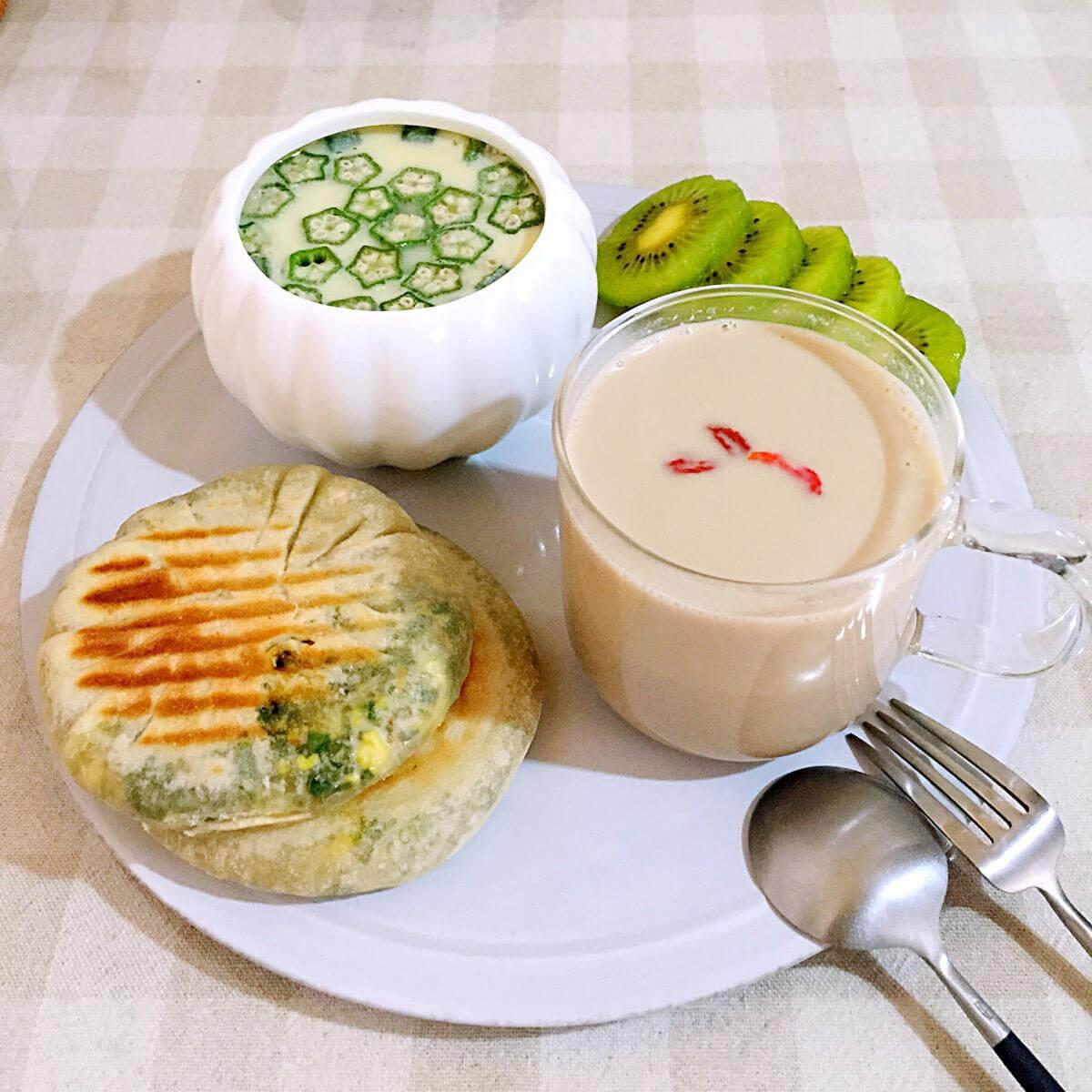 秋葵熟豆豆浆