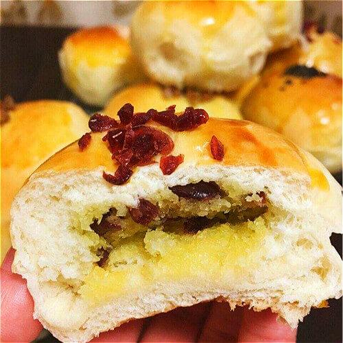美味蔓越莓小面包块